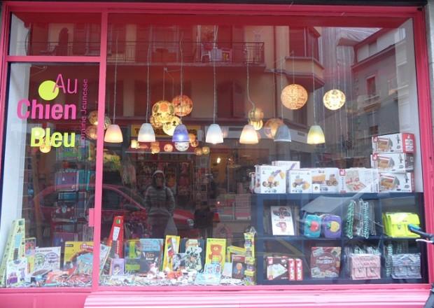 Au Chien Bleu children's bookshop, Geneva - photo © genevafamilydiaries.net