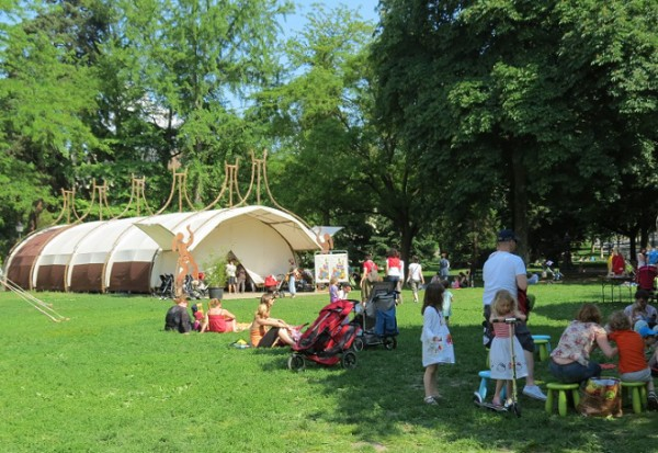 Festival livre et petite enfance - Promenade des Bastions, Geneva © genevafamilydiaries.net