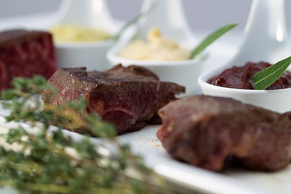 Beef delicacies at the Trilby Restaurant © N'vY Hotel, Geneva