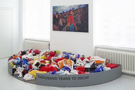 Dodi Reifenberg, Untitled, 2011, installation  Photographie © Michael Lio