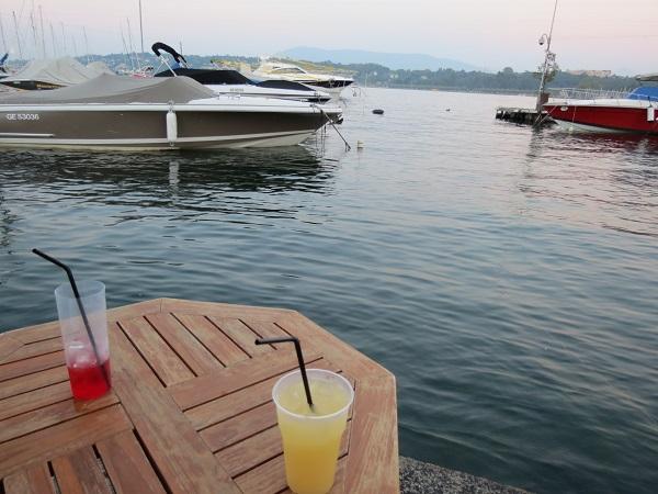 The best summer apéro in town, Bains des Pâquis © genevafamilydiaries.net