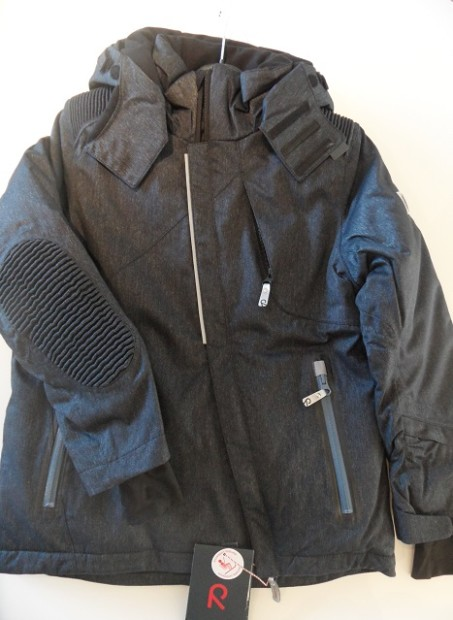 So cool & gorgeous! The Reima Brody R-tec+ Jacket - photo © genevafamilydiaries.net