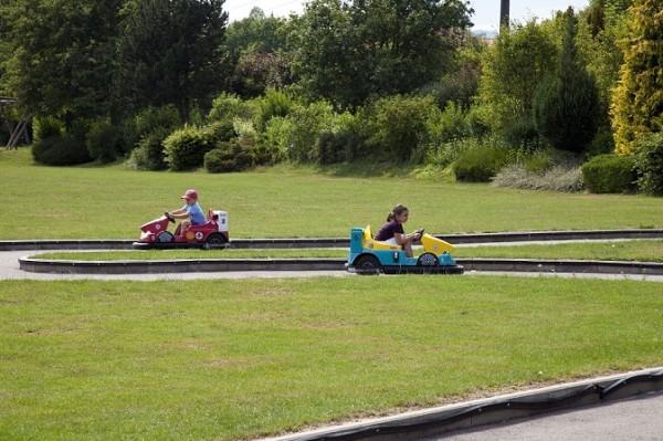 Coin mini cars are great fun! Photo © Parc Pré Vert Signal de Bougy