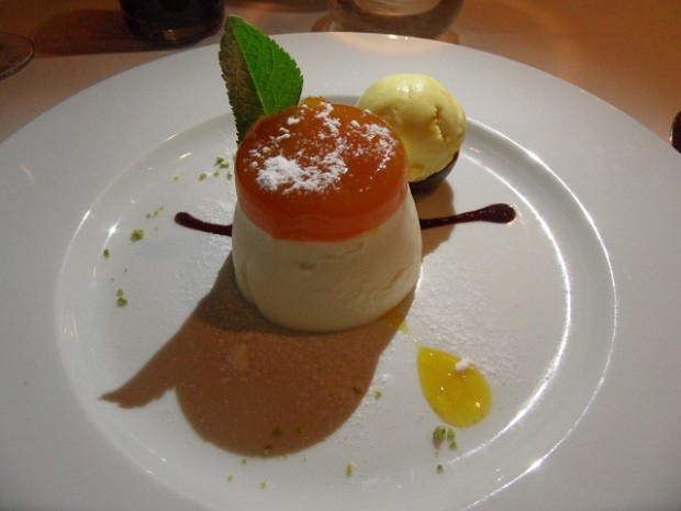 Mango pannacotta - Photo © genevafamilydiaries.net