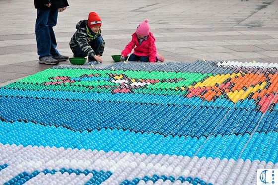 The Easter Eggs mosaic in Ouchy - photo © Isabelle Jeanmaire