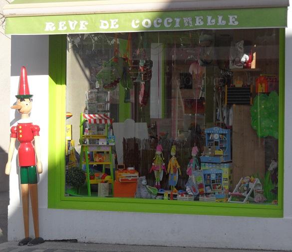 Rêve de Coccinnelle, Divonne-les-Bains. Photo © genevafamilydiaries.net