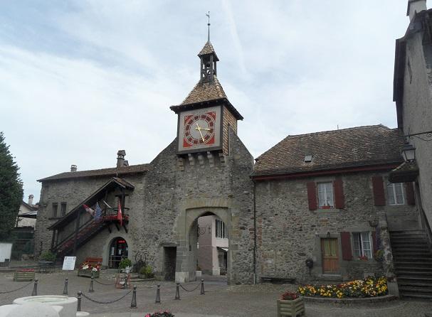 Swiss country charm in Saint-Prex. Photo © genevafamilydiaries.net