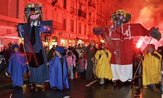La Parade du Père Fouettard et de la Chauchevieille © Maison du quartier de la Jonction (MQJ)