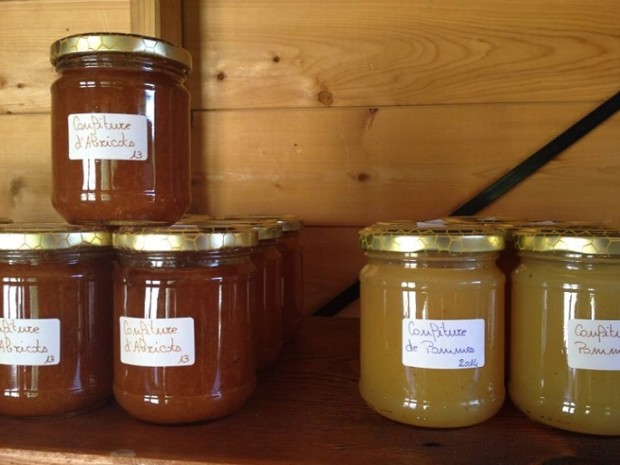 Home-made jams from the farm. Photo © genevafamilydiaries.net