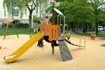 Place de jeux du parc Soubeyran - Servette (Geneva). Photo © Ville de Genève