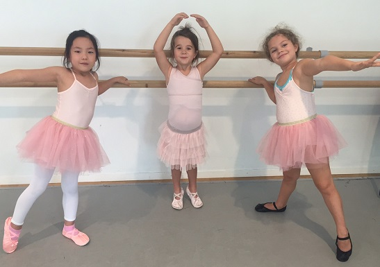 Mini Ballet at Simply Theatre - photo © Simply Theatre Academy