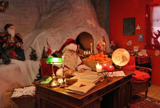 La véritable Maison du Père Noël, Rochers-de-Naye (VD). Photo © Montreux Noël